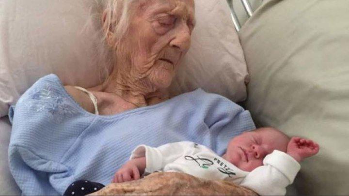 O femeie a născut un băiețel perfect sănătos, la 101 ani