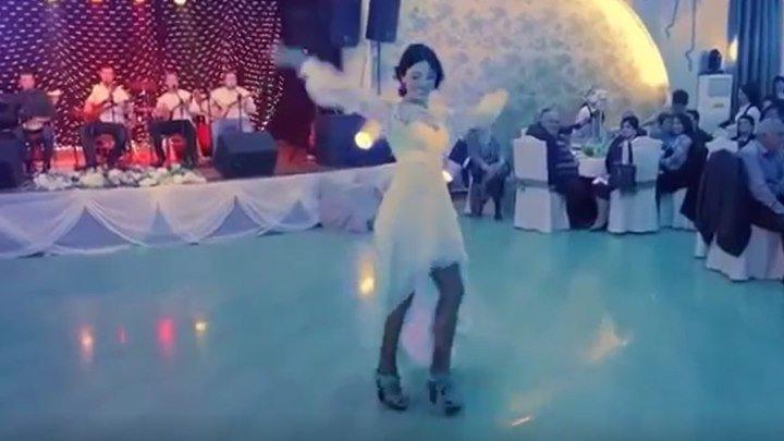 Красивый танец невесты! Кавказская свадьба