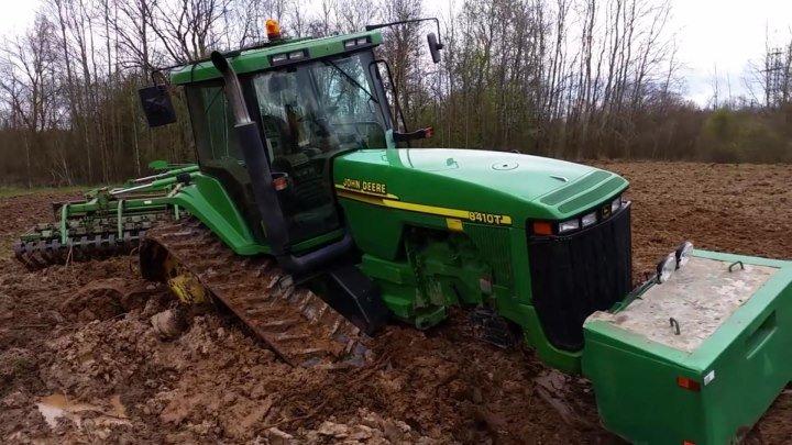 Утопили трактор John Deere 8410 Кировец приехал на помощь
