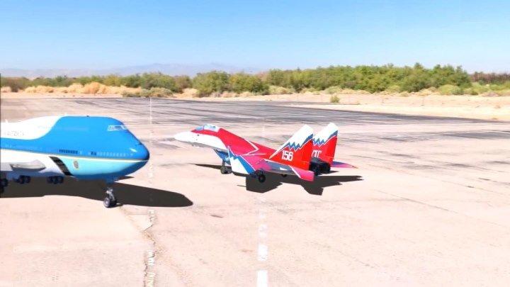 Радиоуправляемые модели Боинга-747 и МиГа-29