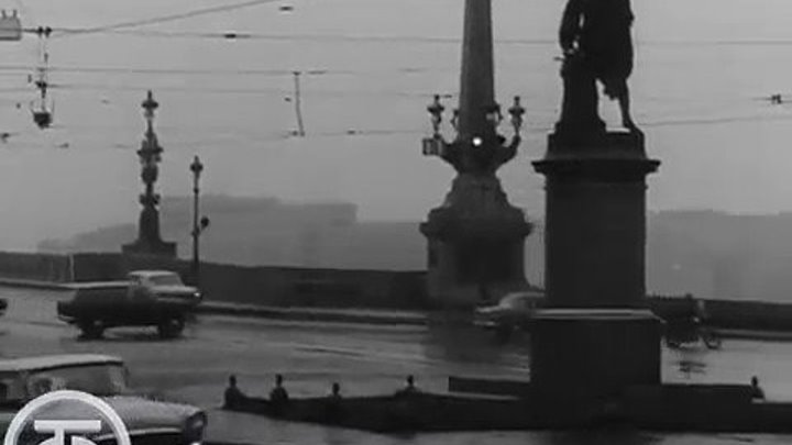 Трамвай идет по городу.Документальный фильм.Ленинград 1973 года.