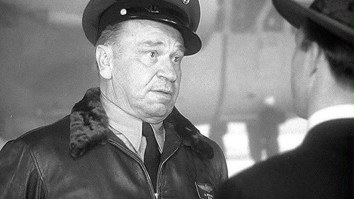 ФЛОТ ЭТОГО ЧЕЛОВЕКА (1945)