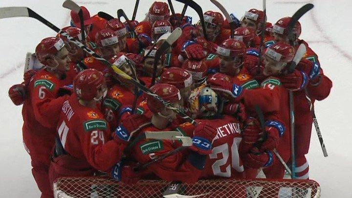 Российские хоккеисты обыграли сборную Канады на молодежном чемпионате