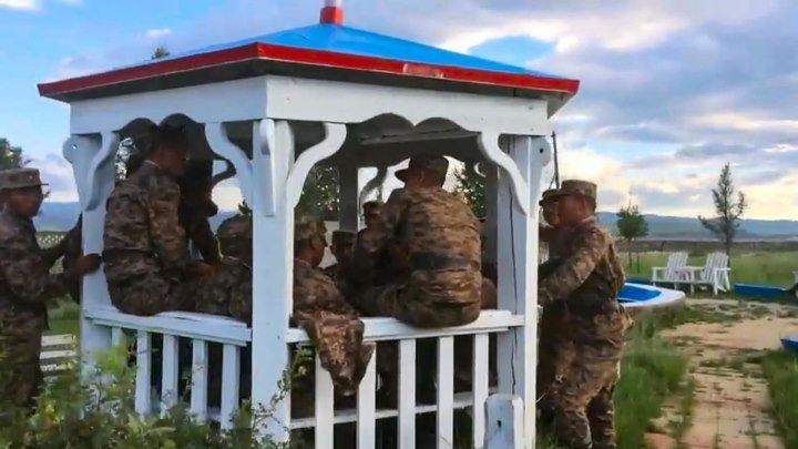 Когда поют монгольские солдаты