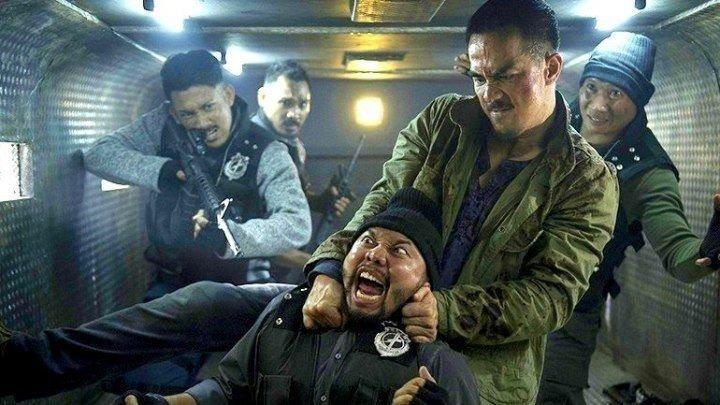 НОЧЬ ИДЁТ ЗА НАМИ (2018). боевик, триллер