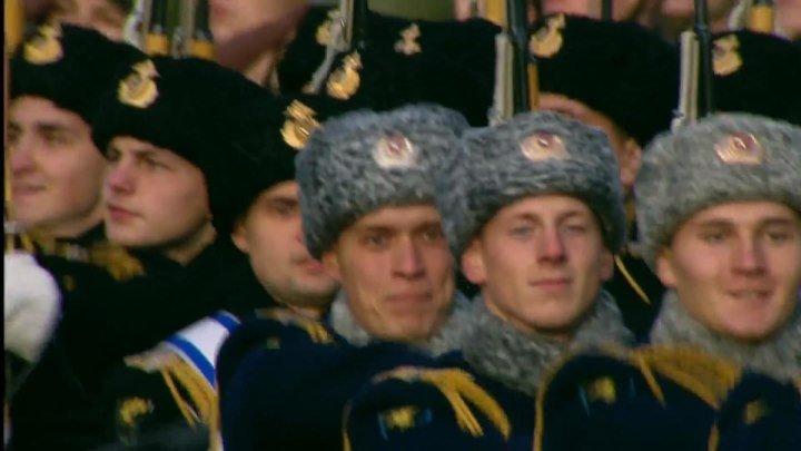 07.11.18.Парад 7 ноября 2018 года на Красной площади в Москве