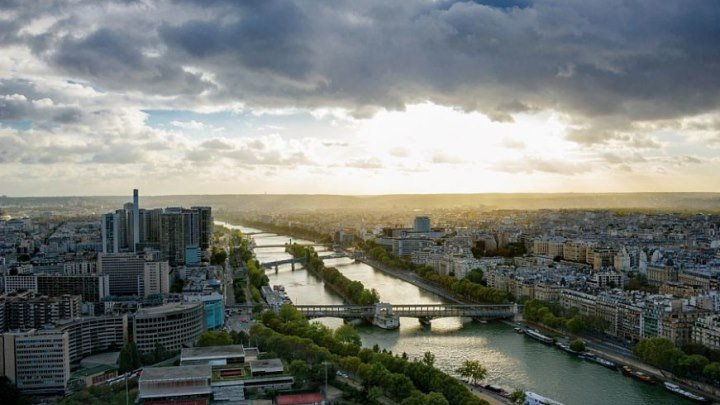 Париж, Франция. Сена. Вэб-камера ONLIVE