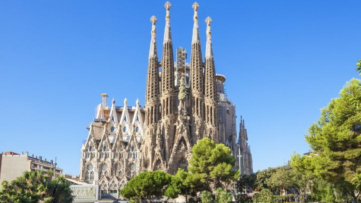 La Sagrada Familia (Barcelona, Spain)