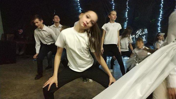Алиса с танцем Мозги 28 12 2018