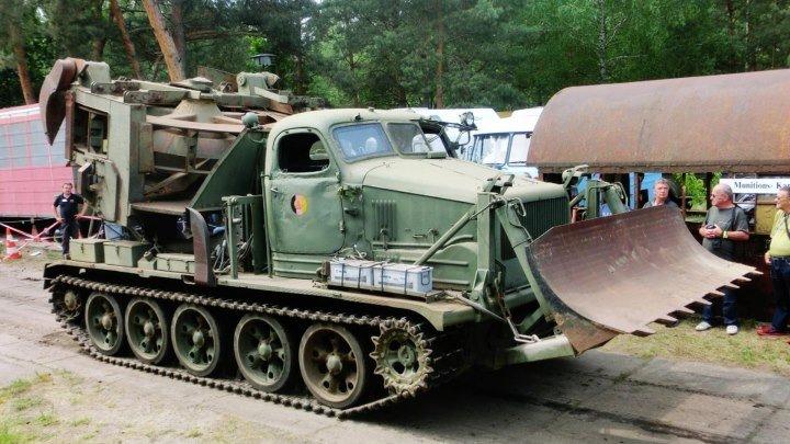 Altes Lager,музей Barbarahalle,Garnisonschau.МДК-2 -армейская машина инженерных