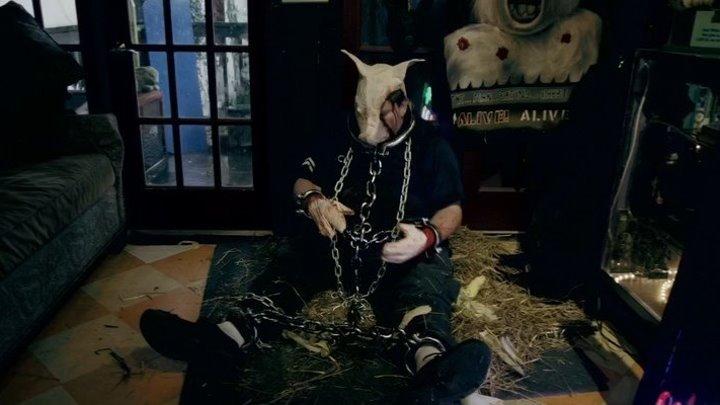 Смеющаяся маска / The Laughing Mask (2014, США. ужасы, триллер, криминал)