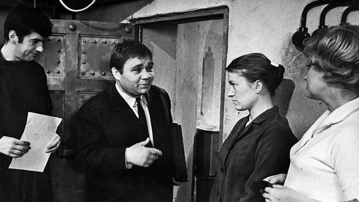 Фильм- Зигзаг удачи (1968г.) комедия