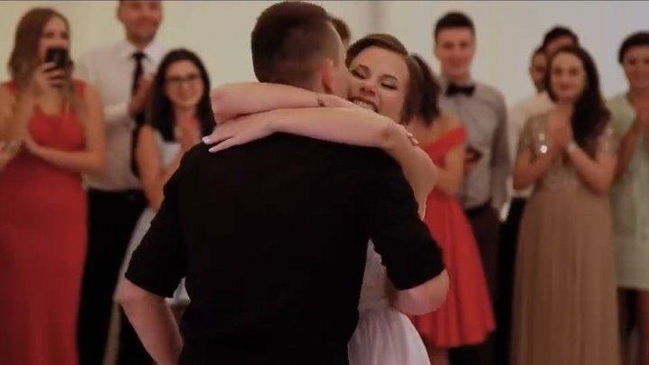 Первый свадебный танец - оригинально!