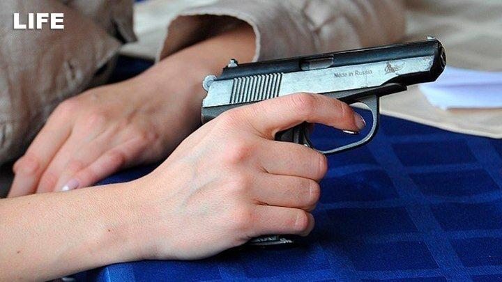 Школьник взял в заложники учеников в Казани