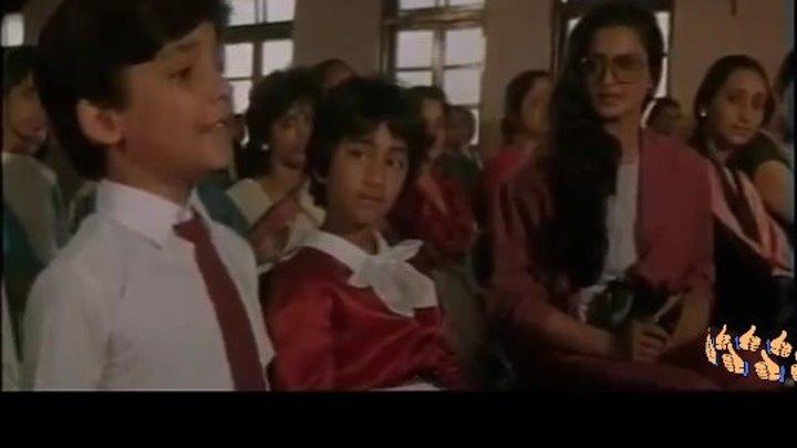 песни из фильм индийский.Жажда мести. ребёнка поёт песни для своей мамы👍👍👍👍👍