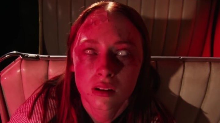 Темная сестра (2018)