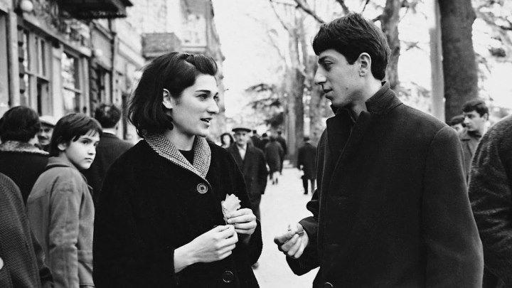 Falling Leaves (Giorgobistve) 1966 [Otar Iosseliani]