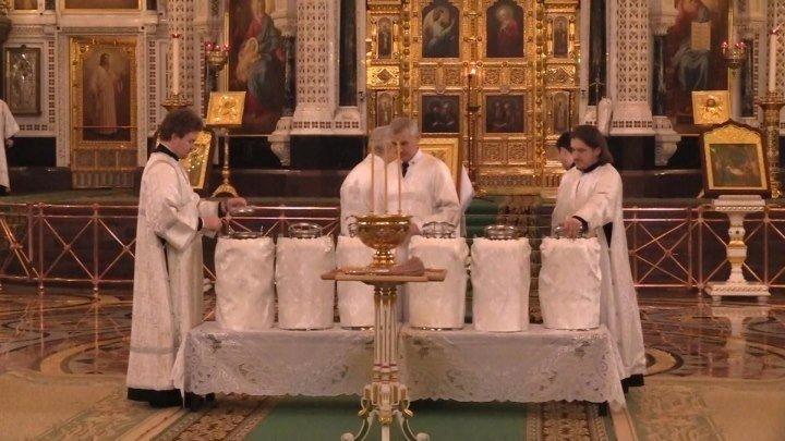 В Храме Христа Спасителя отпраздновали Крещение. ФАН-ТВ