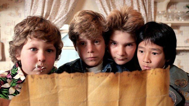 Балбесы / The Goonies - (1985) Комедия, приключения, семейный.