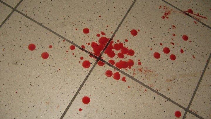 На очередную женщину совершено нападение в Курске. В этот раз на АЗС.