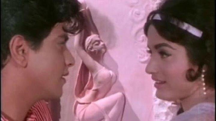 Поэма в камне (1964 )Geet Gaya Pattharon Ne