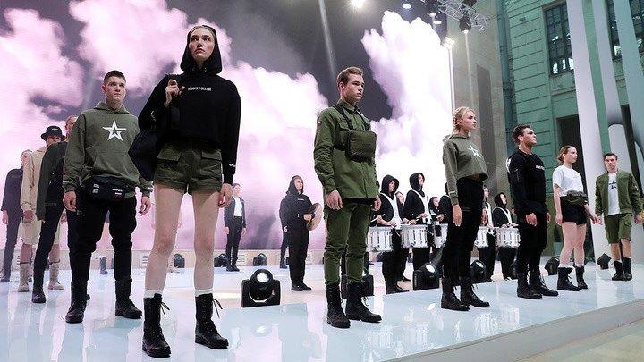 """Black Star представил новую коллекцию одежды """"Черная звезда"""""""