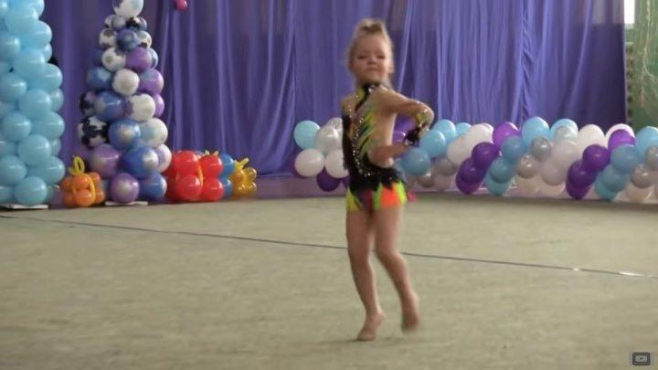 Классное выступление 4х-летней гимнастки