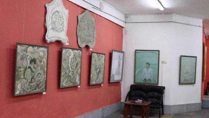 Здесь был Масим 5 сезон 13 выпуск на выставке Душа Алтая художника Юрия Блалгина