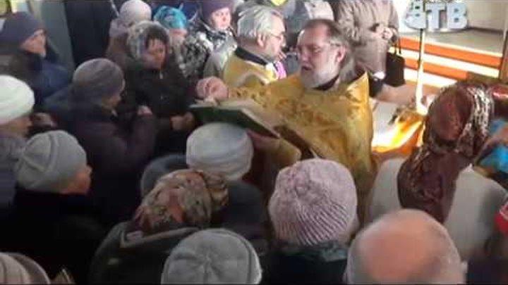 Святые мощи Николая Чудотворца в храме Горняка.