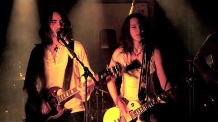 "Halestorm ""Walk All Over Me"" Live Rare Old song"