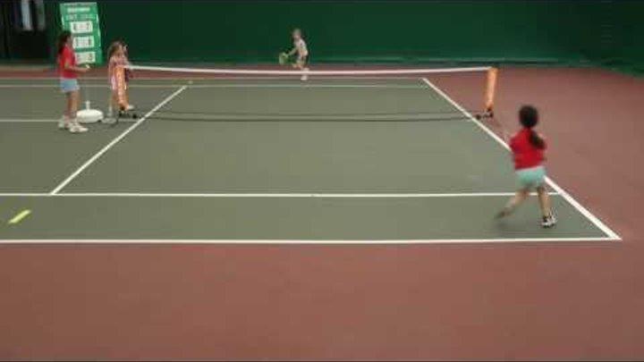 mini tennis match girls. 6 year old