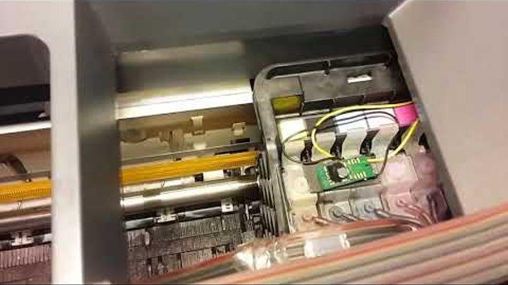 Epson Stylus Photo R270 принтер не печатает или печатает с полосами самостоятельное обслуживание и р