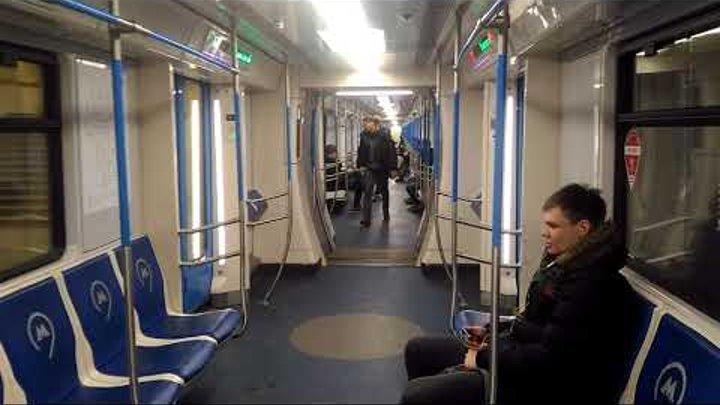 Московское метро 2 , внутри поезда нового поколения 2017