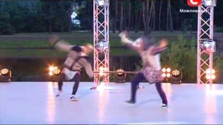 Танцуют все 6 сезон - Антон и Илья танец - Веселые бабки. Испытание двадцатки концерт в селе