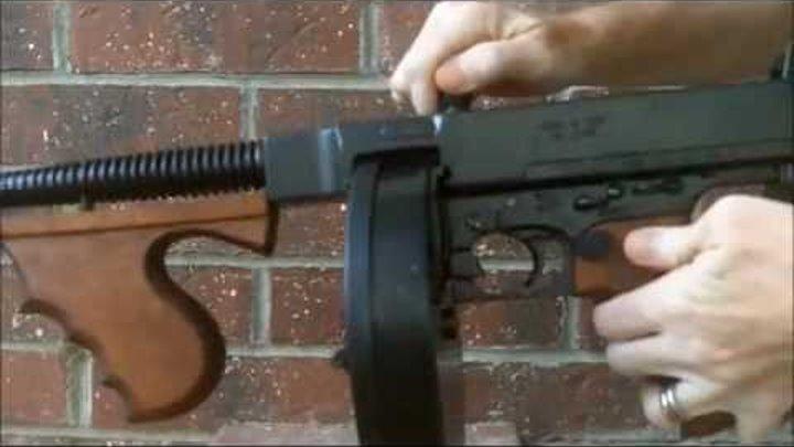 Denix Tommy Gun NonFiring Replica Thompson Gangster Prop Costume Submachine