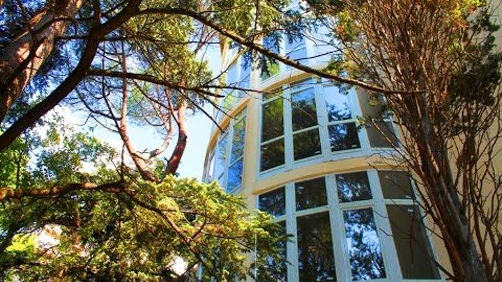 Крым, Ялта. Квартира в новом доме элит-класса со своим двором, в парковой зоне... +7-978-015-21-05