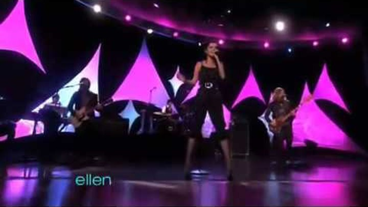 Selena Gomez & The Scene - A Year Without Rain - Live@ Ellen (22. September)