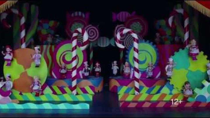 """""""Чарли и шоколадная фабрика"""" в среду 14 сентября в 20:00 на РЕН ТВ"""