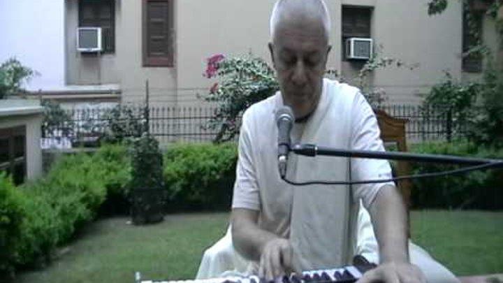 2014.10.25, Индия, Вриндаван, Кришна входит в Матхуру 1