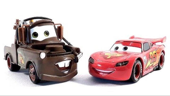 Машинки Тачки Молния Мак Куин и Мэтр играют вместе Lightening McQueen Cars