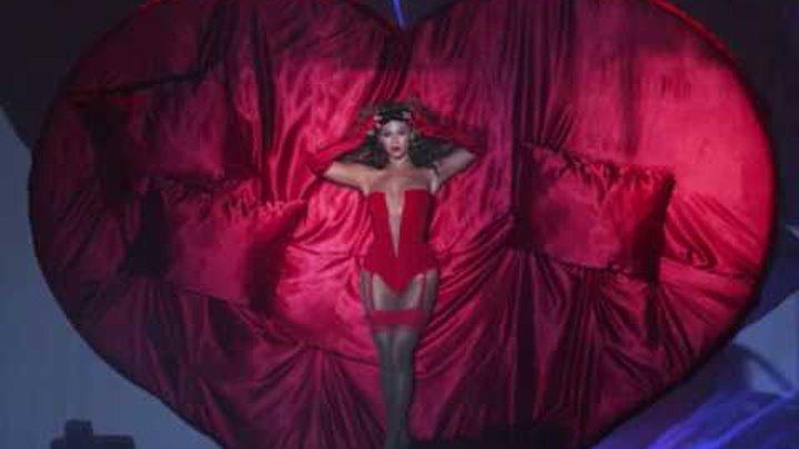 Sweet Dreams Beyonce EMA 2009-Audio + Lyrics (HQ)