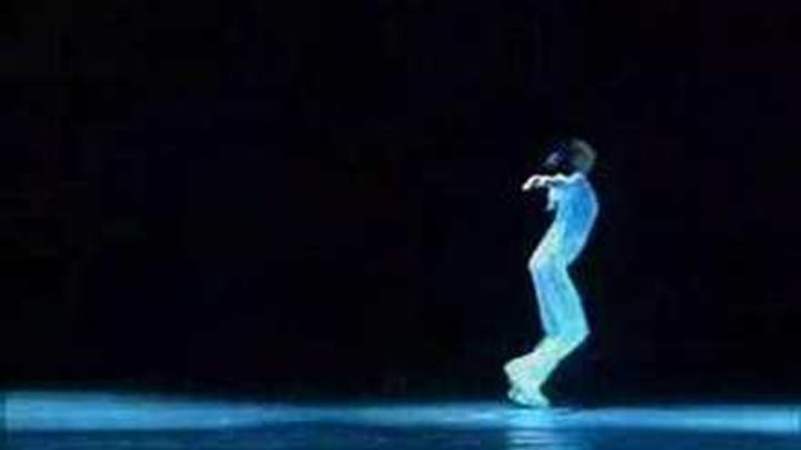 Modern Dance:The angel is smiling