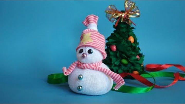 Снеговик из носка. Украшение комнаты к новому году 2019. Новогодние поделки своими руками.