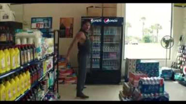 Супер Майк XXL, отрывок из фильма