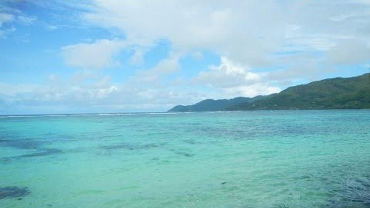 Сейшелы, Индийский океан, остров Маэ, опасный пляж Анс Интенданс ( Anse Intendanse)