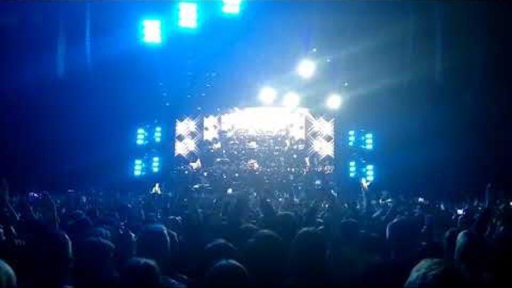 Дейв Гаан приветствует Олимпийский. Депеш мод концерт в Москве 28 февраля. Dave Gahan Depeche Mode