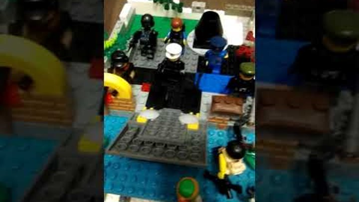 Лего самоделка бункер на тему зомби апокалипсис