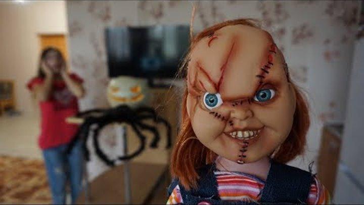 Кукла ЧАКИ и ОНО появились на ХЭЛЛОУИН! Пеннивайз в реальной жизни Страшилка #4