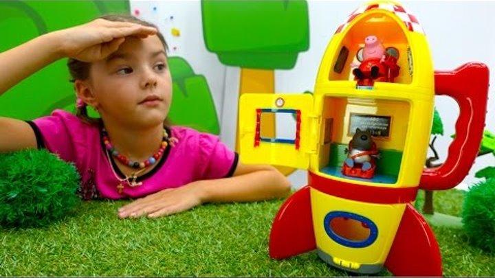 Видео для детей. Школа для игрушек и игра в доктора. Свинка Пеппа собирается в космос
