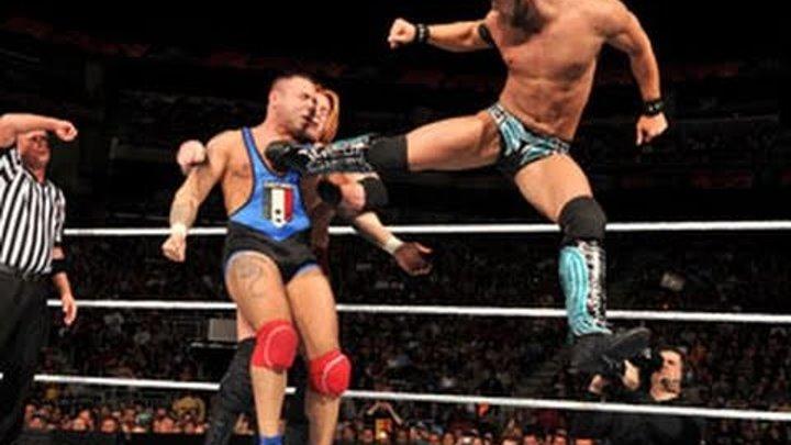 Raw: WWE Tag Team Championship Fatal 4-Way Elimination Match